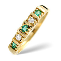 Emerald 0.21ct And Diamond 9K Gold Ring